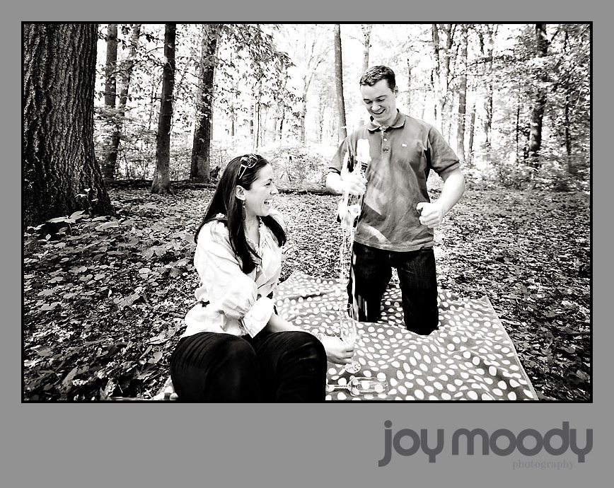 Joy Moody, Ridley Creek Park engagement photos